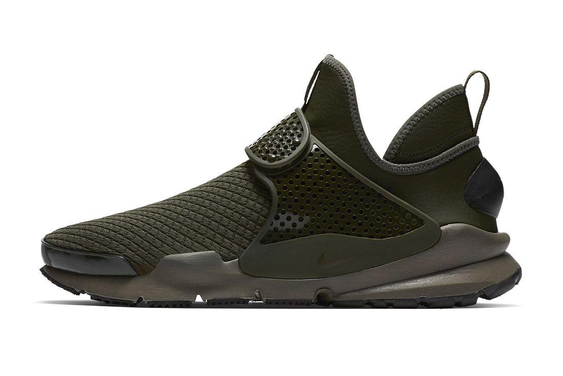 Nike Sock Dart Mid 6