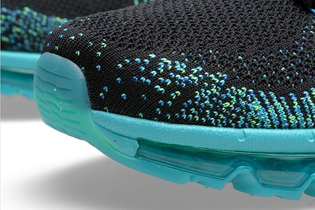 Nike Flyknit Max Turbo Green 2