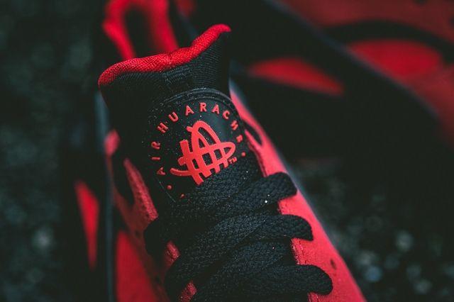 Nike Air Huarache Love Bumper 3