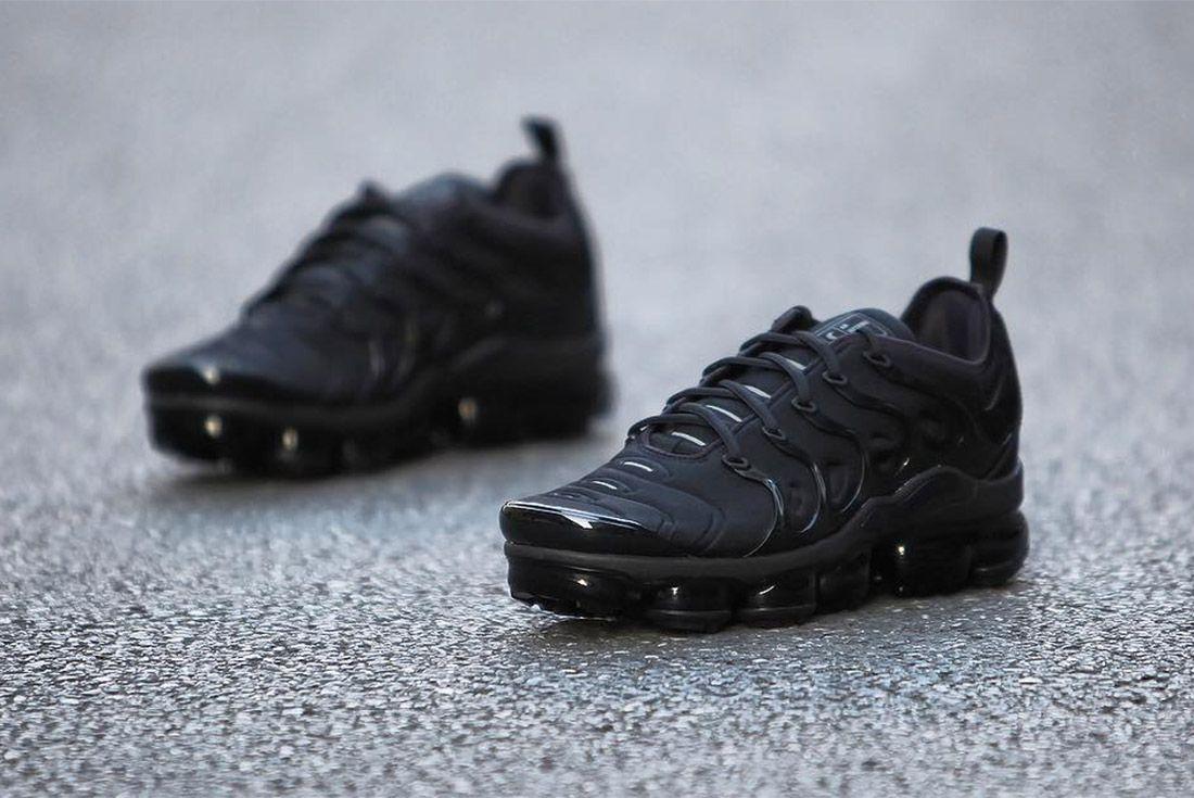 Nike Air Vapormax Max Plus Triple Black 4