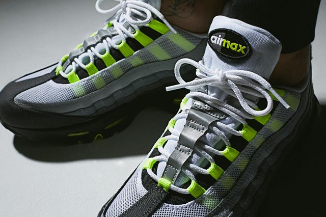 Nike Air Max 95 Patch Neon 2