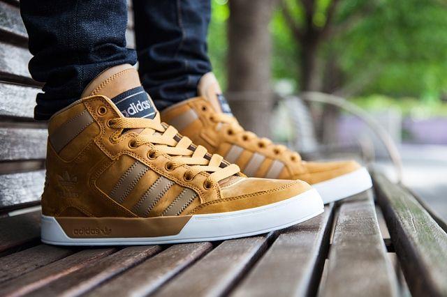 grupo Aptitud retroceder  adidas Hardcourt Waxy (Tan) - Sneaker Freaker