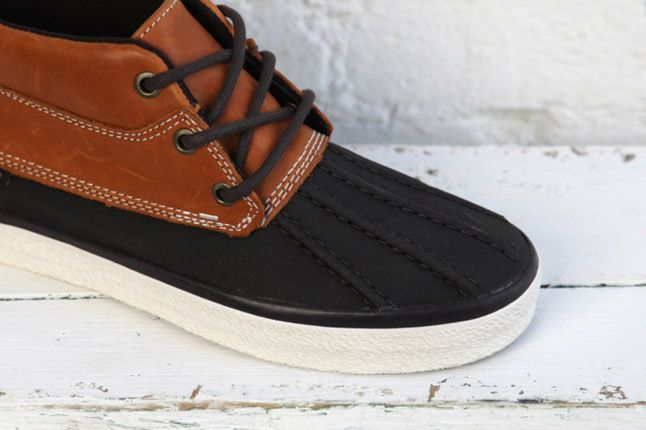 Vans Dqm Womes Winter Collection Girls Chukka Del Pato 1