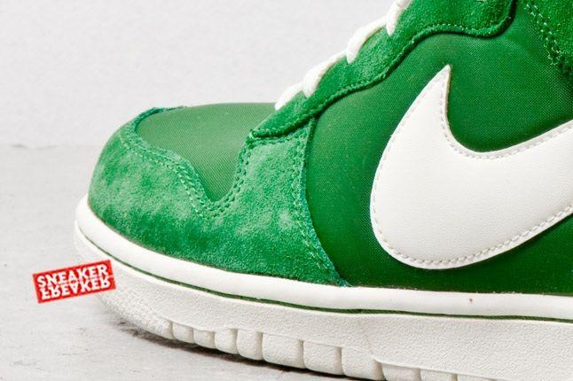 Nike Dunk Hi Fortress Green Toe Detail