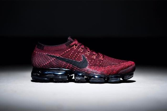 Nike Air Vapor Max Red Black2
