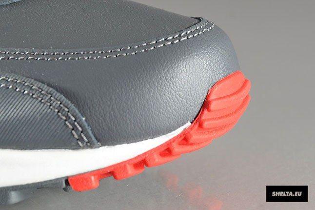 Nike Buckeyes Sneaker 1