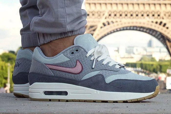 Air Max 1 Bespoke Paris Thumb