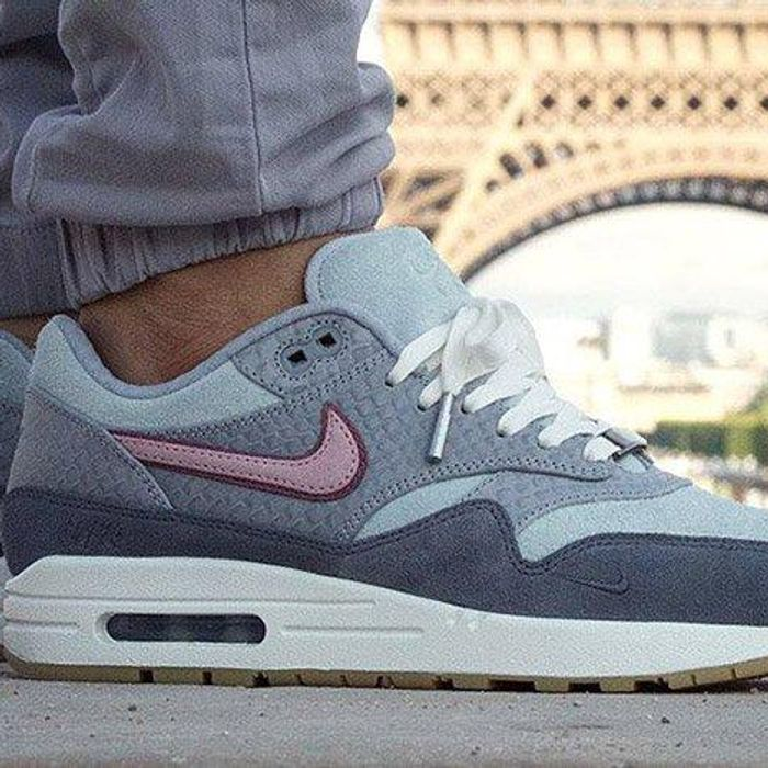 Centrar ajo Vago  Paris Exclusive Nike Air Max 1 Bespoke Limited To Only 75 Pairs! - Sneaker  Freaker