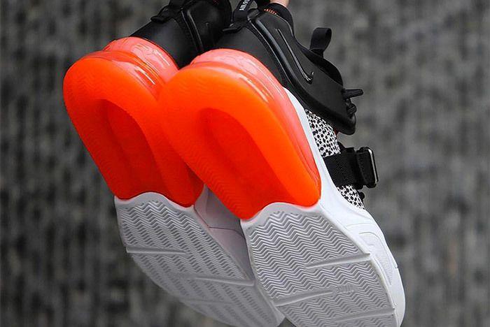 Nike Air Force 270 4