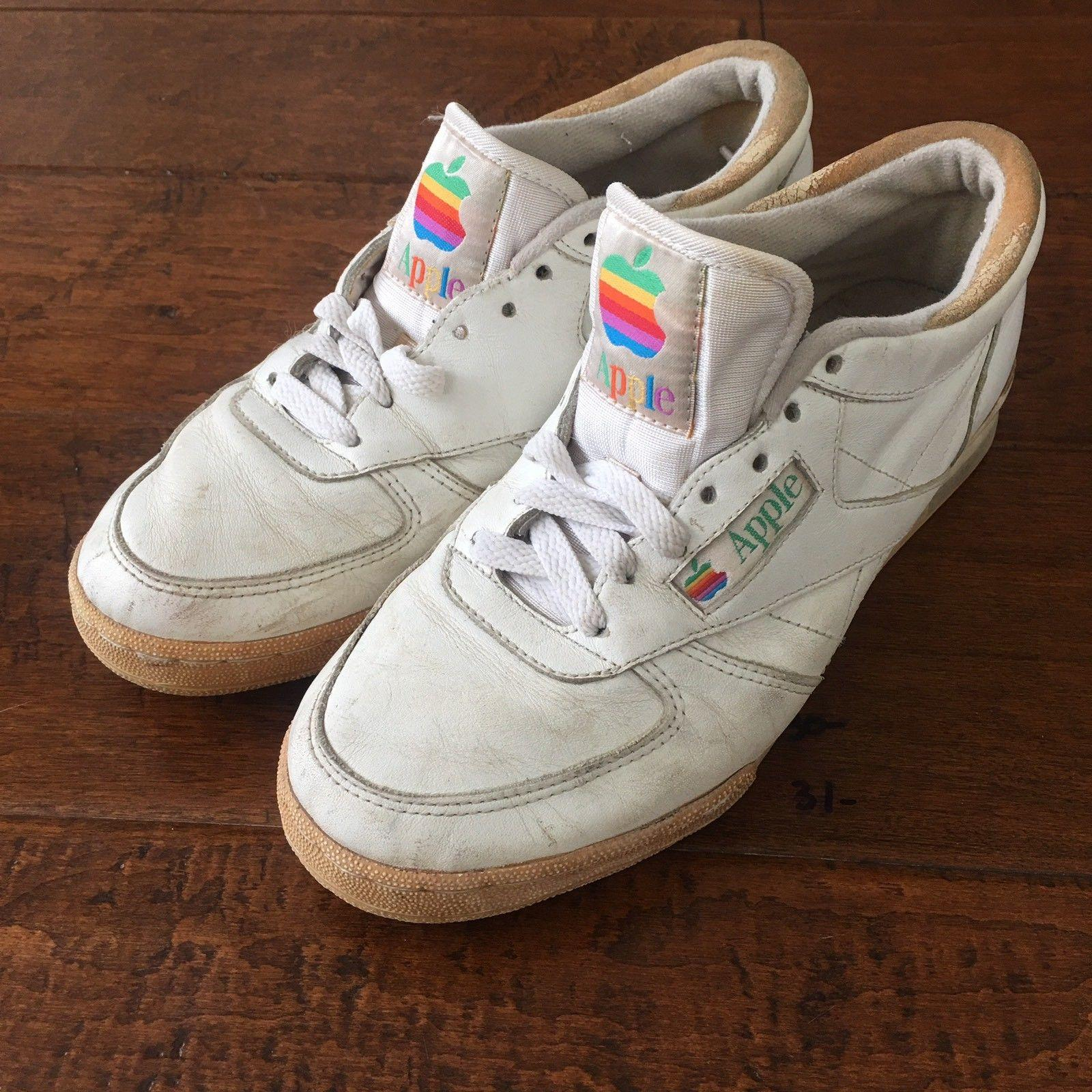 Apple Sneaker Three Quarter
