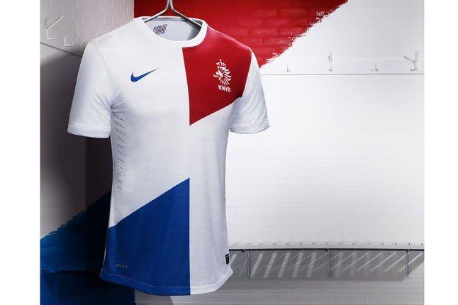 Nike Football Holland Away Jersey On Rack 1