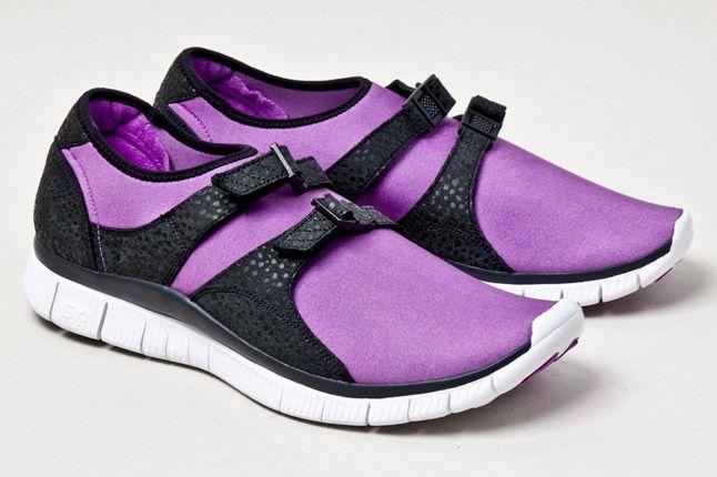 Nike Free Sockracer Pur Pair 1