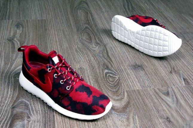 Nike Roshe Run Print Noble Red Promo