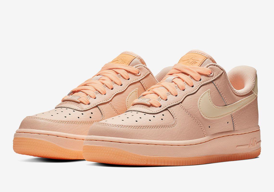 Nike Air Force 1 Crimson Tint Ao2132 800 1