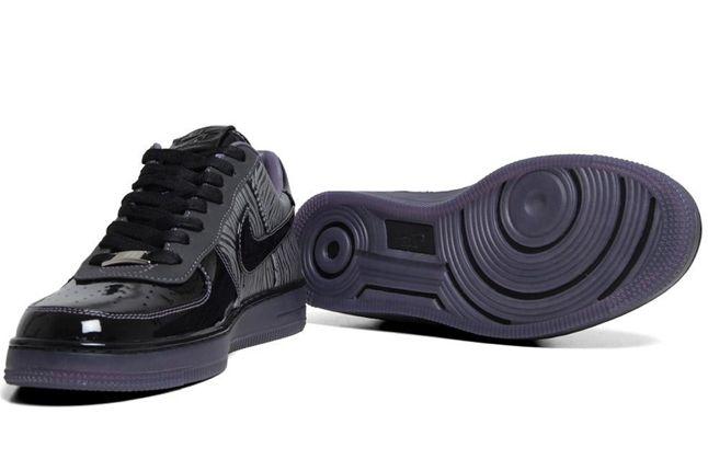 Nike Air Force 1 Downtown Qs Zebra Pair Sole 1