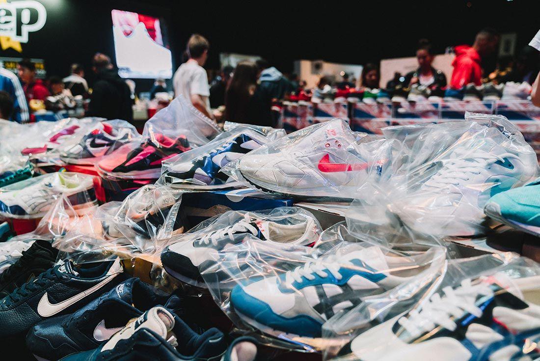 Sneakerness Even Recap Sneakers In Bag