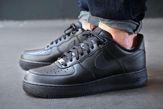 Nike Air Force 1 07 4