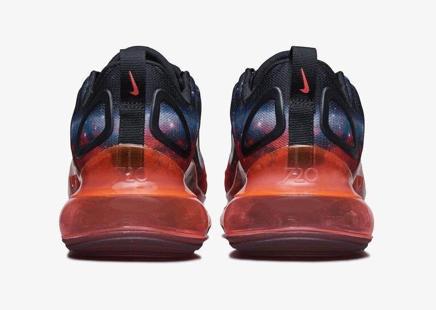 Nike Air Max 720 Galaxy