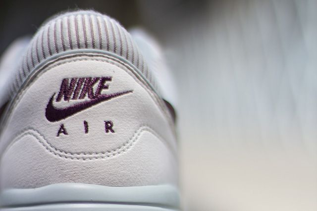 Nike Air Odyssey Light Bone 8