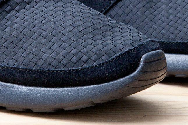Nike Roshe Run Woven Blk Toe 1