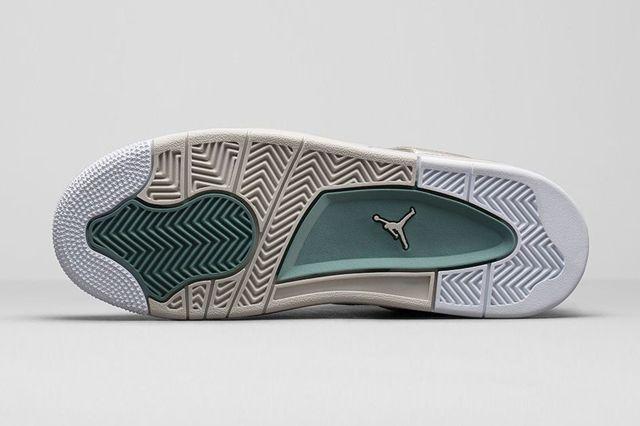 Air Jordan 4 3Oth Anniversary Pearl Bump 4