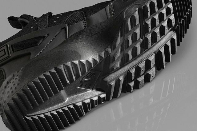 Nike Air Huarache Utility Black Black 3