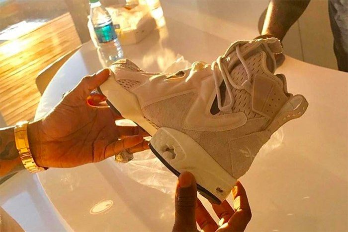 Future Shows Of His Signature Reebok 4