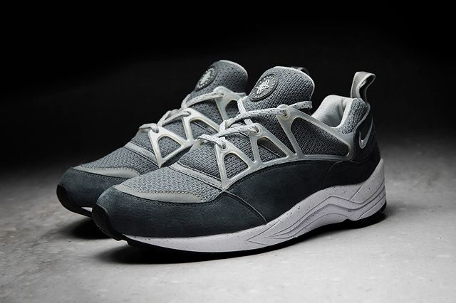 Foot Patrol X Nike Air Huarache Light Concrete 2