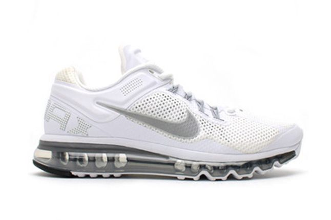 Nike Air Max 2013 White Quater Front Side Profile 1
