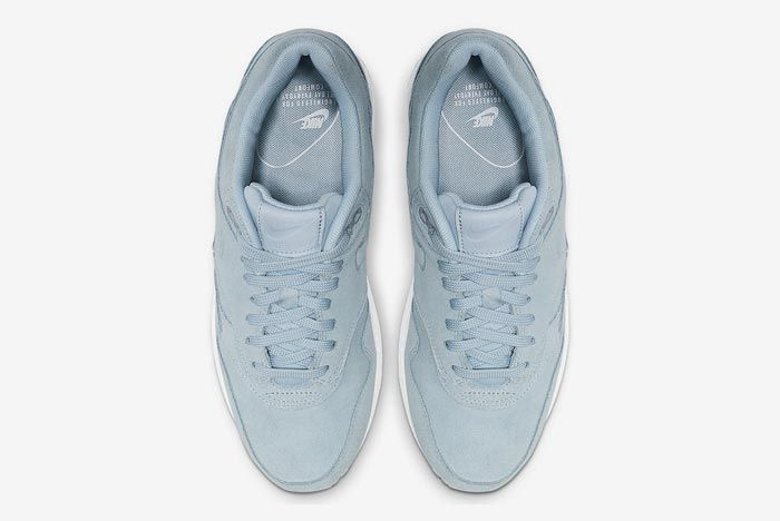 Nike Air Max 1 Turquoise Suede Top