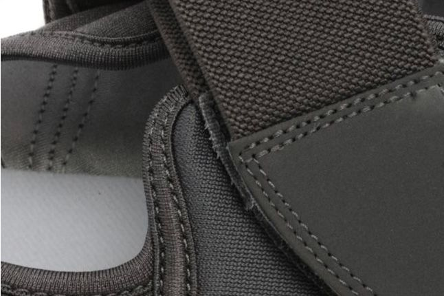 Nike Air Rift Navy Grey Details 1