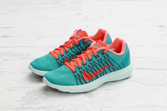 Nike Lunaracer3 Sprtturquoise Ttlcrimson Hero 1