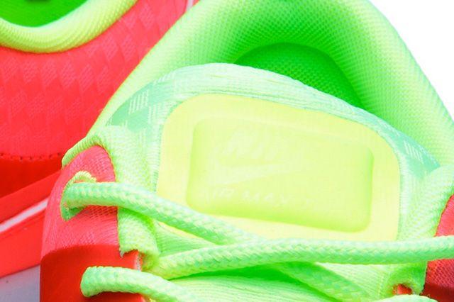 Nike Air Max Thea Woven Qs Pack Atmoic Red 4