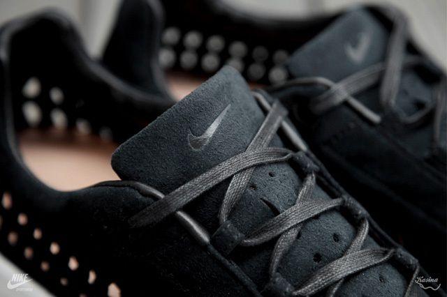 Nike Mayfly Woven Qs Black Tongue Detail