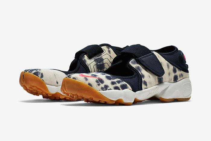 Nike Air Rift Valley Pack 4