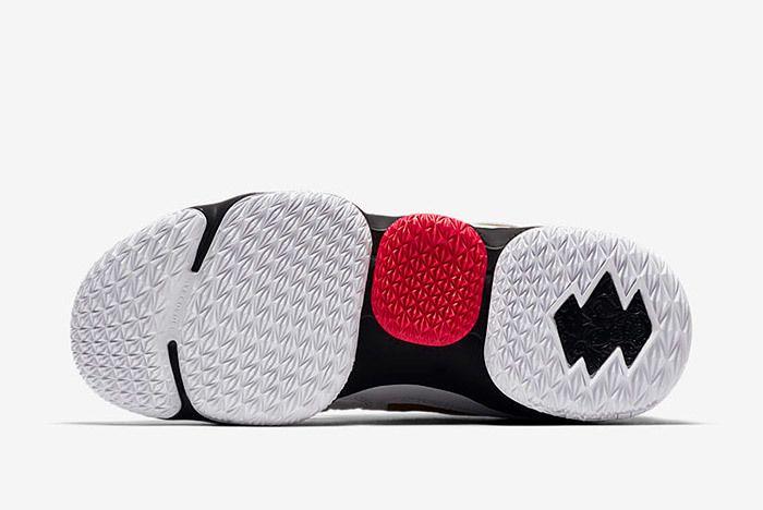 Nike Lebron 15 Diamond Turf Pe 2018 Sneaker Freaker 5