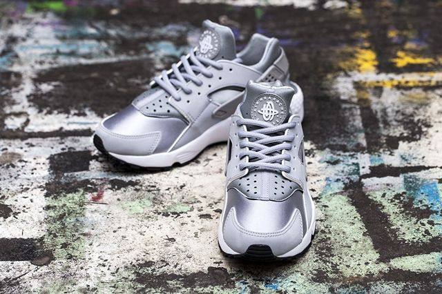 Nike Huarache Wmns Wolf Grey White 4