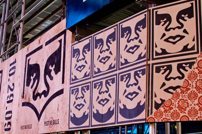 Obey Levis Live Installation Shepard Fairey Time Square 09 1