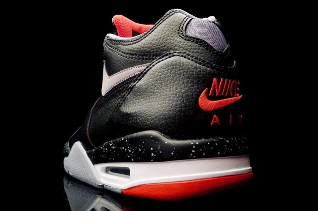 Nike0Air Flight 89 Bred 2