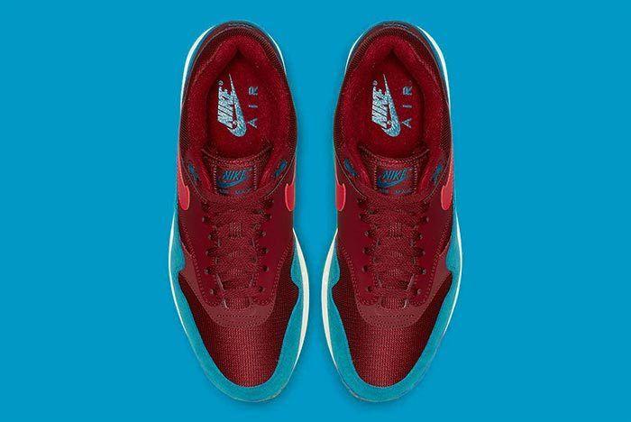 Nike Air Max 1 Jewel 4