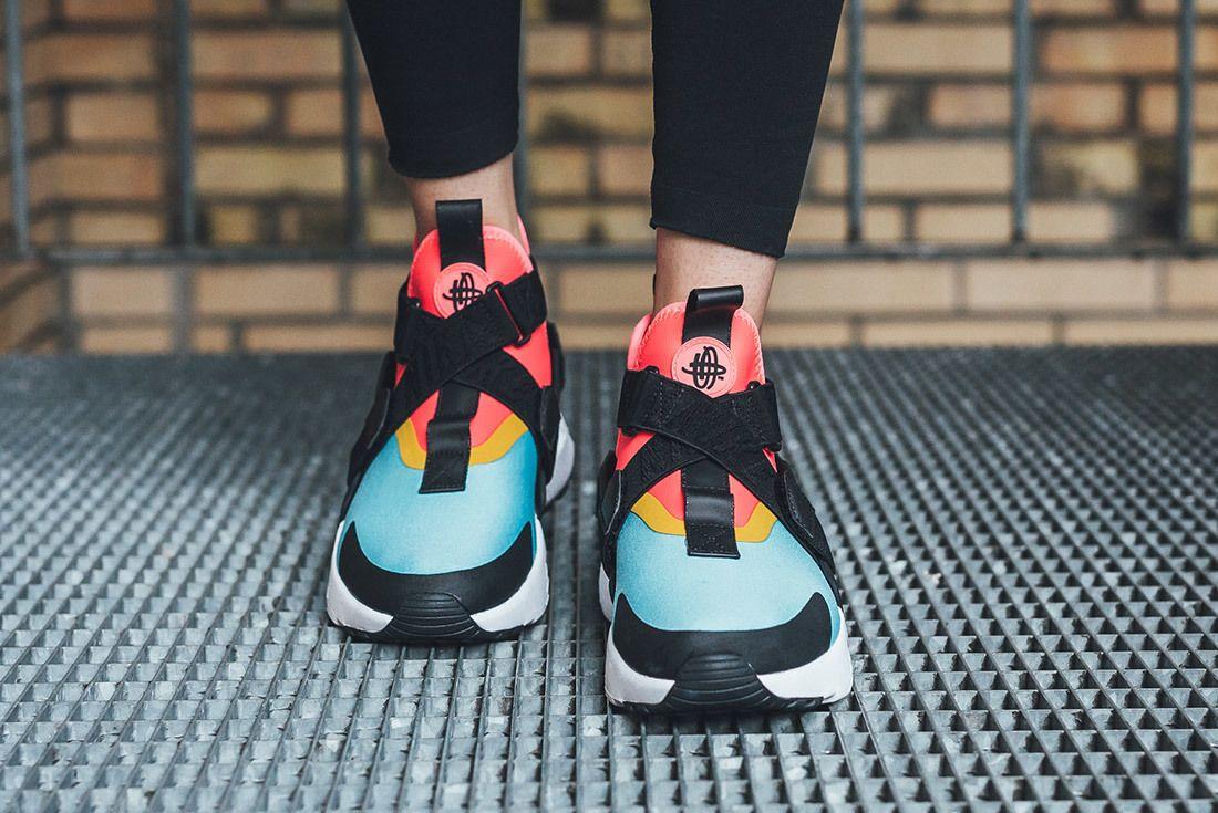  Nike Air Huarache City Bleached Aqua Racer Pink Sneaker Freaker 7