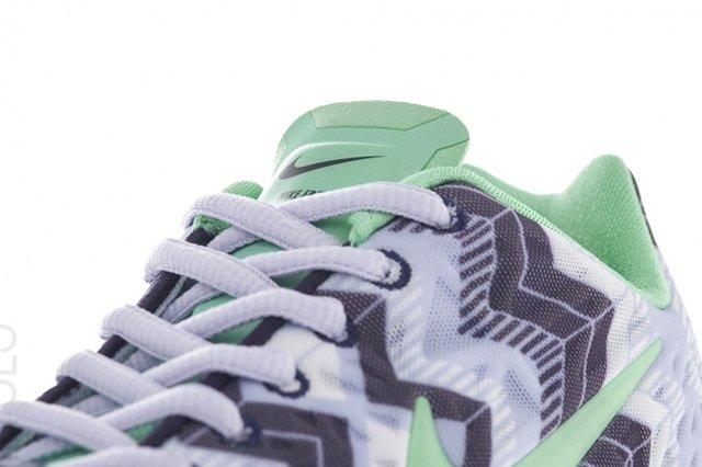 Nike Free Tr Fit Volt Frost Tongue