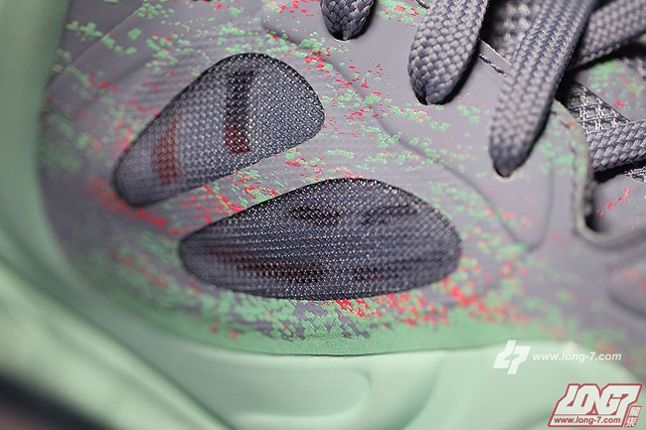 Nike Air Max Hyperposite Christmas Midfoot Detail 1