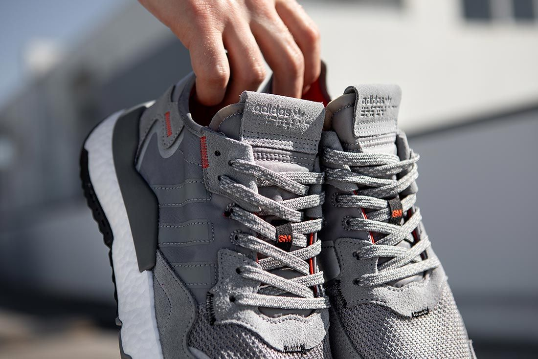 Nite Jogger Off Foot Grey Holding