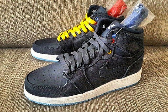 Air Jordan 1 Denim Feature2