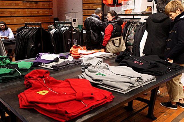 Nike Sportswear 21 Mercer Black Friday 23 1