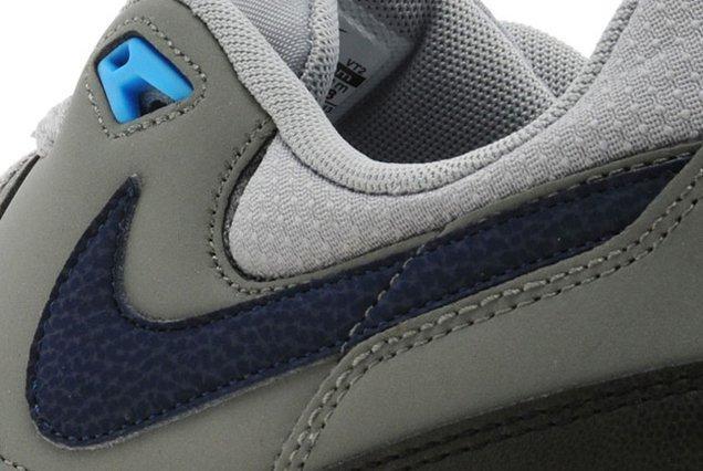 Nike Air Max Light Base Grey Light Blue 03