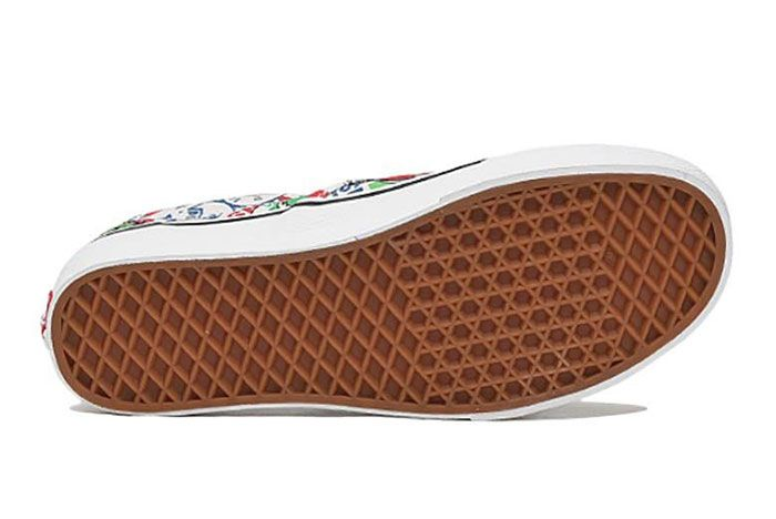 Vans Slip On All Over History Logos 2