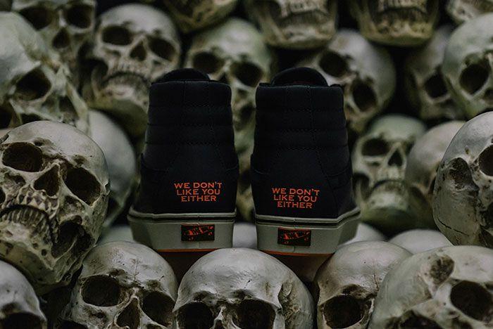 Darkside Initiative Vans Comfycush Pack2
