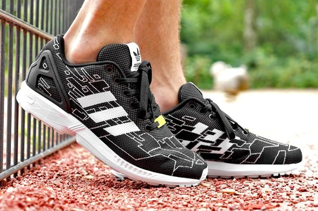 Adidas Originals Zx Flux Black Running White Onix 8
